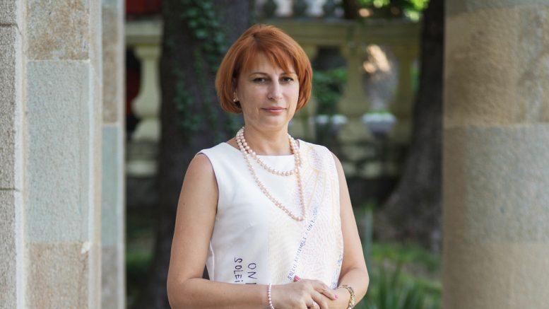 elena-nikolaevna